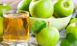 Эксперт назвал яблочный сок лучшим средством для утоления жажды в жару