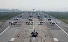 Истребители НАТО сопроводили в небе над Балтийским морем российский самолет
