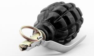 Москвич обнаружил две гранаты в газовой плите своей кухни