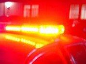 Раненых полицейских обокрали очевидцы