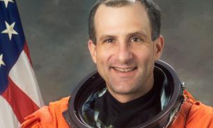 Скука превращает космонавтов в кабачки