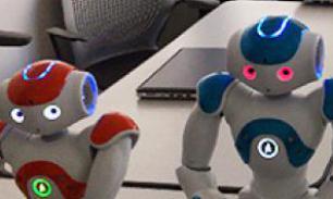В мире людей и робот - человек