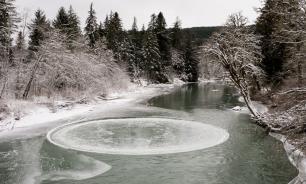В Белоруссии наблюдают за вращающимся ледяным диском