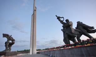 МИД Латвии: властям необходимо разрешение РФ на снос Памятника освободителям Риги