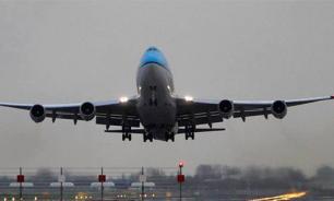 Самолет Etihad с кричащими от страха пассажирами сел на одном двигателе