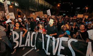 Политика США: От радужной к черно-белой