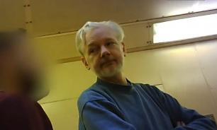 Минюст США направил Великобритании запрос об экстрадиции Ассанжа