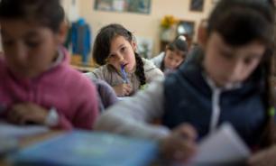 Глава Минобрнауки: Школы должны обеспечивать учащихся учебниками за счёт бюджета