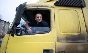 Россиянам могут запретить регистрацию грузовиков и автобусов