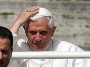 Уход Бенедикта XVI: свято место опустело