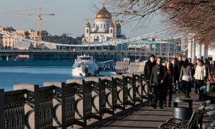 Демократы будут оппозиционно гулять по Москве