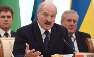 Лукашенко потребовал не использовать российский опыт в высшем образовании