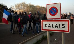 """В Кале начался снос лагеря беженцев """"Джунгли"""""""