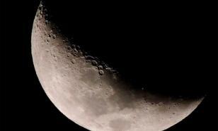 На Луне нашли залежи воды