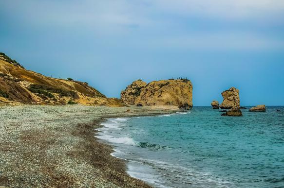 """Властям Кипра лучше проверять тех, кто получает """"золотые паспорта"""""""