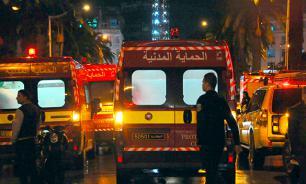 Теракт в Тунисе: 12 человек погибли