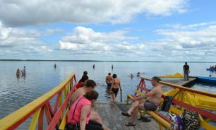 В Курганской области с туристов стали брать деньги за отдых на озере