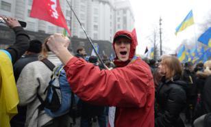 СМИ Украины заявили, что гражданам страны не хватает денег на самое необходимое