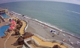 Пляжи Сочи и Ялты пометили голубыми флагами