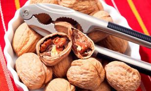 """Ученые нашли """"убийцу"""" рака среди орехов"""