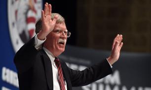 Советник президента США пообещал создать коалицию для свержения Мадуро