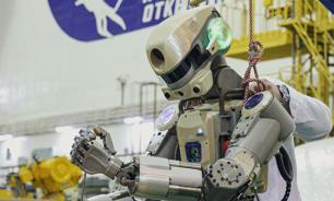 """Робот """"Федор"""" испытал проблемы с управлением кистью левой руки"""