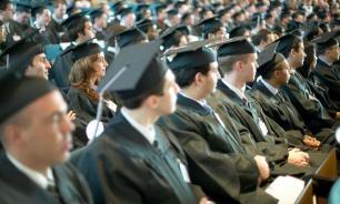 Опрос родителей: менее половины выпускников России планируют поступать в вузы
