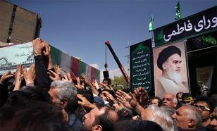Иран: Миллионы жителей почтили память Имама Хомейни