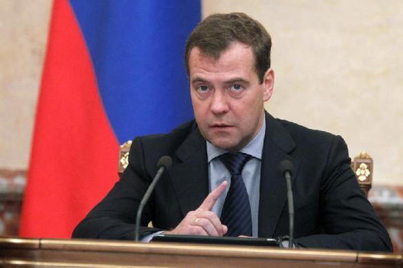 Названо условие, при котором Медведев не будет премьером