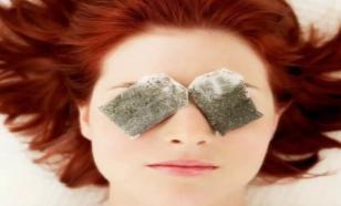 Как уменьшить мешки и отечность под глазами: 12 хитростей