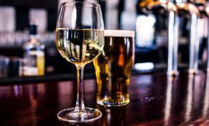 Минфин отложил введение минимальной цены на вино и пиво еще на год