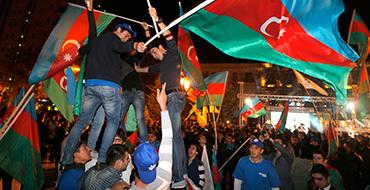 Протестующих у российского посольства в Баку разогнала полиция