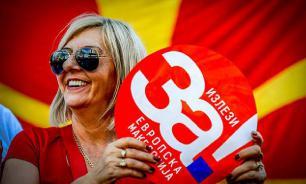Зачем наивные македонцы бойкотировали референдум