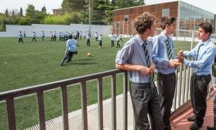В Ирландии считают, что школьникам нужно изучать взрослое видео