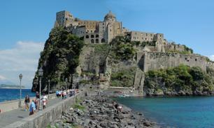 Арагонский замок на острове Искья в Италии конфискован