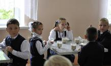 Лучше, чем в Думе: делегация КПРФ посетила школьную столовую