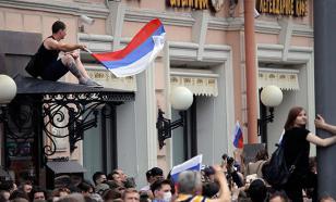 По-другому не умеют: почему на митингах Навального одно и то же