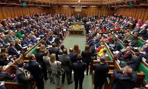 """Brexit недоверия: СМИ сообщили о """"политической катастрофе в Британии"""""""