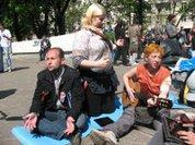 """Россияне послали оппозицию... в """"гайд-парк"""""""
