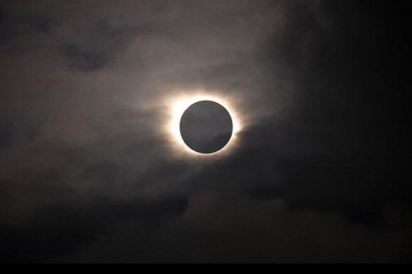 Вконце лета солнечное затмение навсе 100% накроет США
