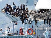 Бельгийский военный корабль спас 250 нелегалов в Средиземном море