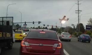 Он превратился в огненный шар: крушение самолета в штате Вашингтон сняли на видео