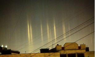 """Из-за морозов москвичи могут увидеть оптический феномен """"световые столбы"""""""