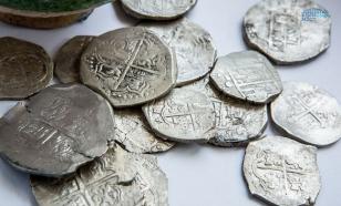 В Эстонии фермер нашел на огороде древние серебряные диски
