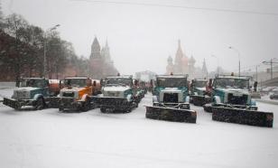 Коммунальные службы столицы работают в авральном режиме из-за последствий снегопада