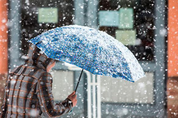 В трех районах Магаданской области выпал снег