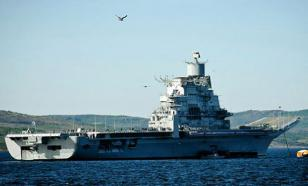 Российскому флоту предложили авианосец-катамаран