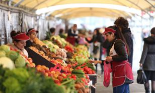 Жириновский заявил о необходимости введения талонов на питание для россиян с низкими доходами
