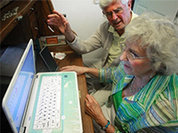 Компьютеры спасут стариков от депрессии