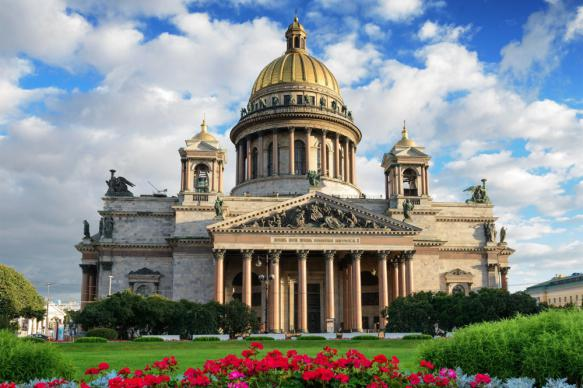 Приход Исаакиевского собора не согласовал график служб с музеем